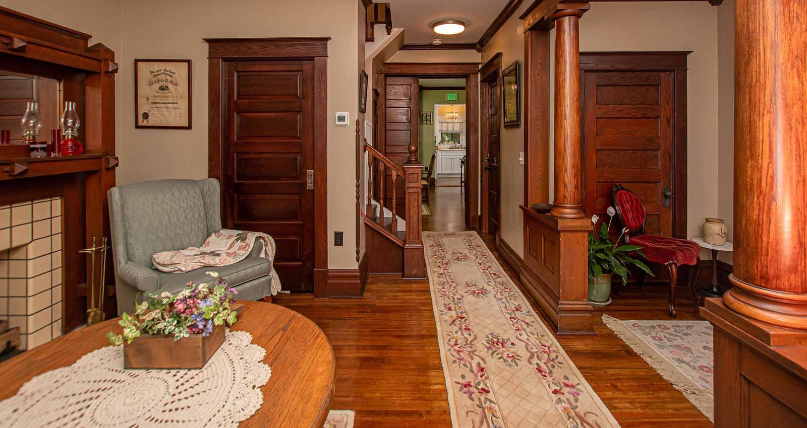 Riverside Bed & Breakfast Entry Hall